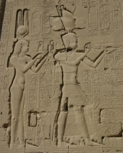 Cleopatra VII and her son Caesarion at the Temple of Dendera (wikimedia)